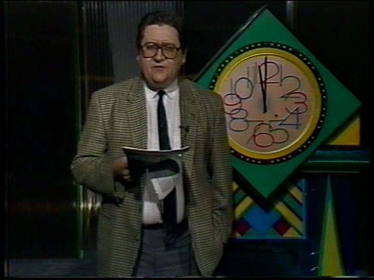 """1988 – Vincenzo Mollica presenta """"L'apparenza"""" (00:05:27)"""